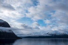 Mooie mening van Noorse fjord stock afbeelding