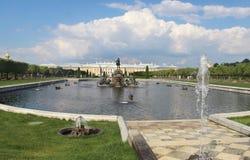 Mooie mening van Petergof Heilige Petersburg stock afbeelding