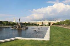 Mooie mening van Petergof Heilige Petersburg stock foto's