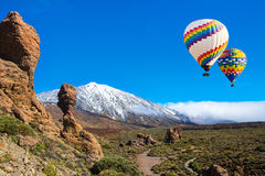 Mooie mening van unieke Roque Cinchado en Teide, Tenerife, Canarische Eilanden Stock Foto