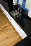 Mooie moderne keuken Stock Foto