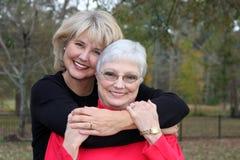 Mooie moeder en dochter royalty-vrije stock foto