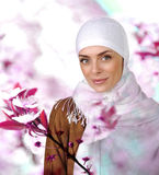 Mooie Moslim positieve vrouw Stock Afbeelding