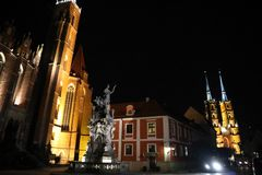 Mooie nacht in Polen, Wroclaw, nacht! royalty-vrije stock afbeelding