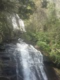 Mooie natuurlijke waterval Royalty-vrije Stock Afbeelding