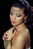 Mooie ndian vrouw met bruids make-up Royalty-vrije Stock Afbeelding
