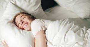 Mooie Ochtend in Bed stock videobeelden