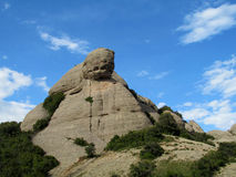 Mooie ongebruikelijke gevormde bergen in Mont serrat, Spanje royalty-vrije stock foto's