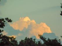 Mooie onweerswolken royalty-vrije stock afbeelding