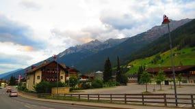 Mooie Oostenrijkse Alpiene Vallei Stock Afbeelding