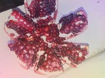 Mooie open granaatappel Royalty-vrije Stock Foto's