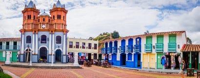 Mooie Oude stadsreplica, Guatape, Colombia royalty-vrije stock afbeelding