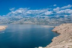 Mooie overzeese van Kroatië bergen Royalty-vrije Stock Afbeelding