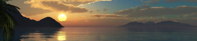 Mooie overzeese zonsondergang op het strand met palmen Stock Fotografie