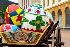 Mooie paaseieren, de viering van Pasen in Bulgarije stock afbeeldingen