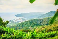Mooie panoramische bergmening van de heuvel Grote Boedha in Ph Royalty-vrije Stock Fotografie