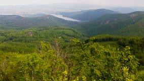 Mooie panoramische foto van de riviervallei van Duna, in Visegrad, Hongarije stock afbeeldingen