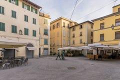 Mooie Piazzetta-dell 'Ortaggio in een ogenblik van absolute kalmte, Pistoia, Toscanië, Italië stock foto