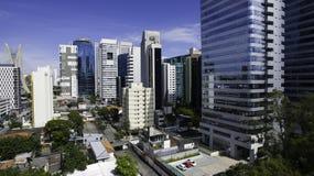 Mooie recente middag in de grote stad van São Paulo royalty-vrije stock foto