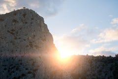 Mooie reusachtige bergheuvels royalty-vrije stock afbeelding