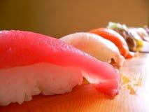 Mooie rij van sushi Royalty-vrije Stock Afbeeldingen