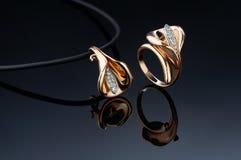 Mooie ring en tegenhanger Royalty-vrije Stock Afbeelding