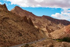 Mooie Rose Valley - Vallee des Roses, dichtbij Ouarzazate, Marokko stock foto's