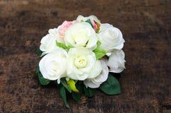 Mooie roze en witte rozen Royalty-vrije Stock Fotografie