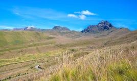 Mooie scène van de Ecuatoriaanse Andes Stock Foto