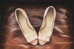 Mooie schoenen op de laag Royalty-vrije Stock Afbeelding