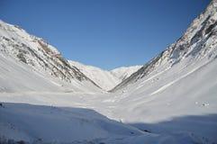 Mooie Sneeuwbergen van Kreta van Bataillence in Aragnouet Aard, Reis, Landschappen 29 december, 2014 Aragnouet, Middag royalty-vrije stock afbeelding