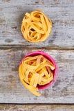Mooie spaghettitagliatelle royalty-vrije stock afbeeldingen