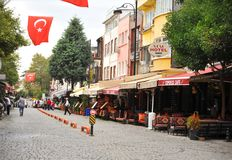 Mooie straat van Istanboel Turkije, de architectuurconcept van het toeristenbezoek Stock Foto's