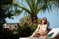 Mooie sunbather Royalty-vrije Stock Foto's