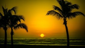 Mooie sunrises en sunsets stock foto