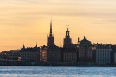 Mooie super brede hoek panoramische luchtmening van Stockholm Zweden met haven en horizon met landschap voorbij de stad stock afbeelding