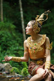 Mooie Thaise dame in Thaise traditionele dramakleding Royalty-vrije Stock Foto's