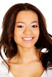 Mooie toothy glimlachende vrouw Stock Afbeeldingen