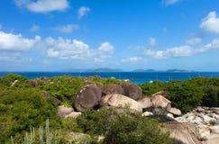 Mooie tropische kust in de Caraïben Stock Foto's