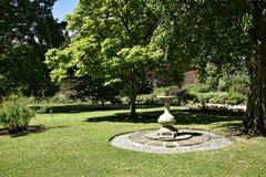Mooie tuin in Engeland van West-Yorkshire royalty-vrije stock afbeelding