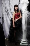Mooie vampier op de partij van Halloween Stock Afbeelding