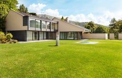 Mooie villa, openlucht stock foto