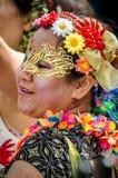 Mooie vrouw bij Notting-Heuvel Carnaval Stock Fotografie
