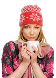Mooie vrouw die een kop van koffie houdt Stock Afbeelding