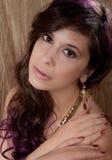 Mooie Vrouw in Juwelen en Make-up royalty-vrije stock foto