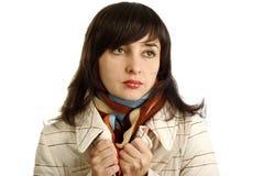 Mooie vrouw in kleurrijke sjaal Stock Afbeelding
