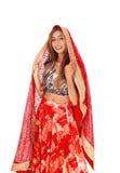 Mooie vrouw in lange rode rok Stock Afbeelding