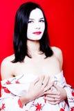 Mooie vrouw met bleke huid Stock Afbeelding