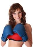 Mooie vrouw met boxehandschoenen Royalty-vrije Stock Afbeeldingen