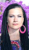 Mooie vrouw met de Afrikaanse vlechten Royalty-vrije Stock Afbeeldingen